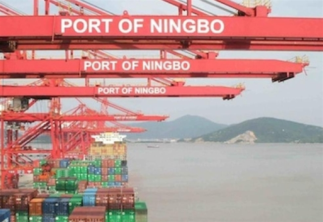 Coronavirus: Container truck drivers returning to Ningbo port